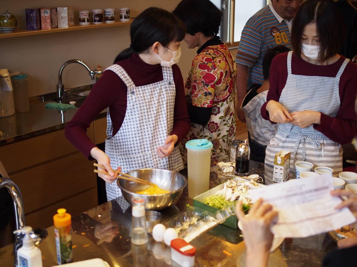 料理教室:巻き寿司